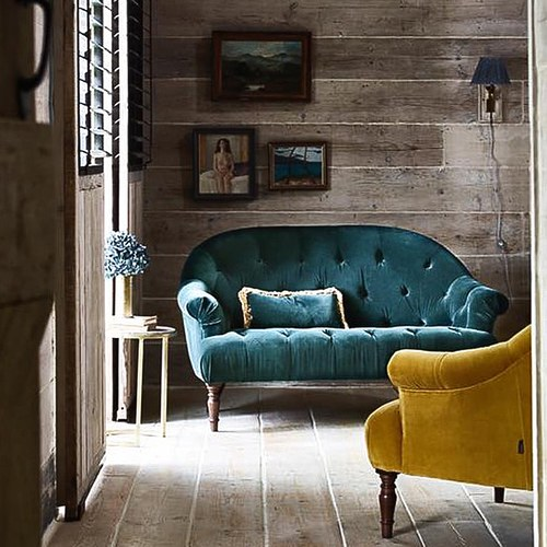 英國 Alexander&James 古典歐風拉扣天鵝絨雙人沙發 含抱枕 (森林綠)