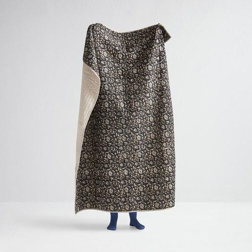 丹麥Nordal 手工緹花絎縫薄被(黑磚織花)