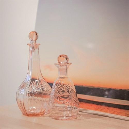 丹麥Nordal 手工切割透彩玻璃醒酒器 (大、玫瑰粉)