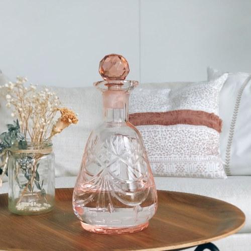 丹麥Nordal 手工切割透彩玻璃醒酒器 (小、玫瑰粉)