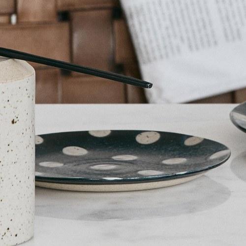 丹麥Nordal 復古點點蛋糕盤 (雪點、直徑14.5公分)
