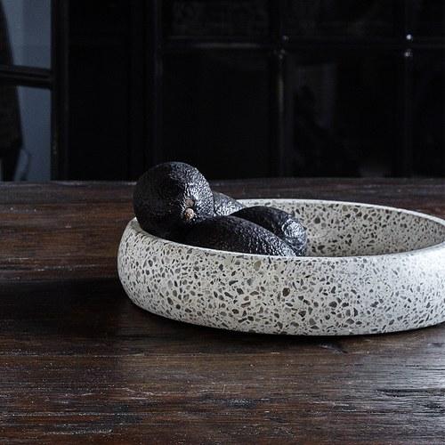 丹麥Nordal 自然風水磨石餐碗 (白、直徑 26 公分)