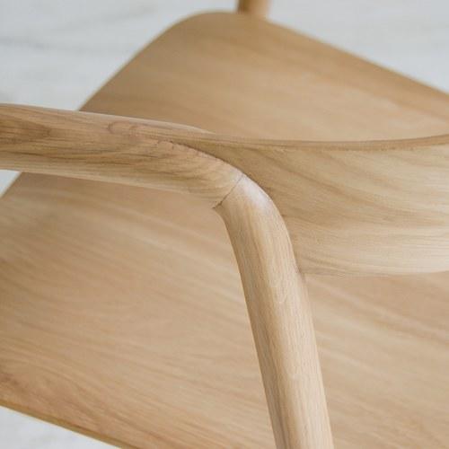 丹麥Sketch 清新弧型品味單椅 (橡木)