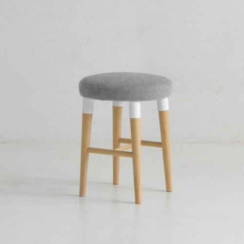 丹麥Sketch 柔軟圓形椅凳 (淺灰)
