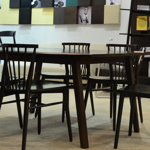 丹麥Sketch 鏤空椅背橡木單椅 (黑)