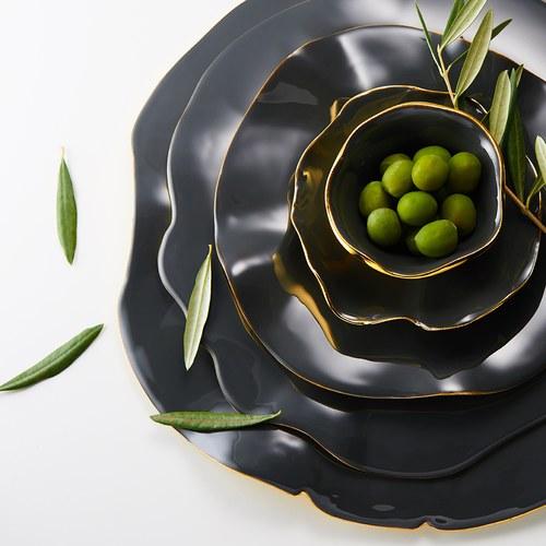 美國NimaOberoi 舞動皺褶餐盤 (黑灰、直徑35.5公分)