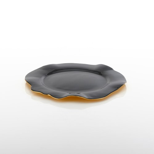 美國NimaOberoi 舞動皺褶餐盤 (黑灰、直徑30.5公分)