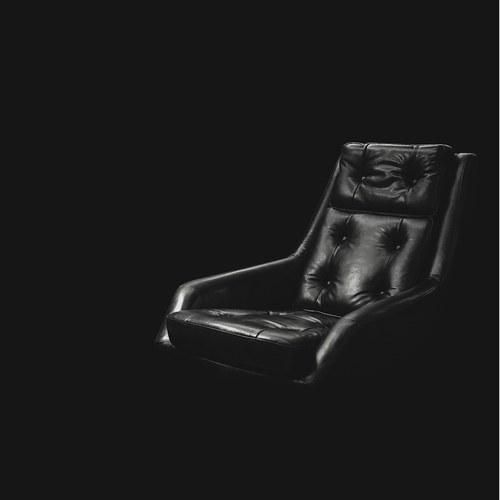 荷蘭PURE 皮革旋轉辦公椅 (黑)
