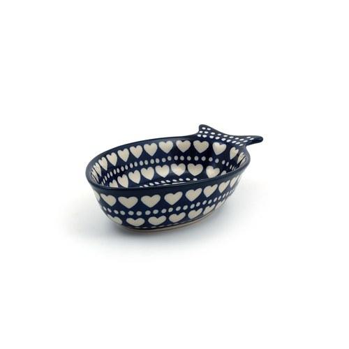 荷蘭BunzlauCastle 白色心形圖紋魚型陶盤 (長19.5公分)