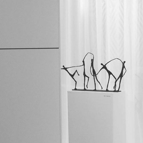 比利時Gardeco藝術擺飾 手舞足蹈的人們