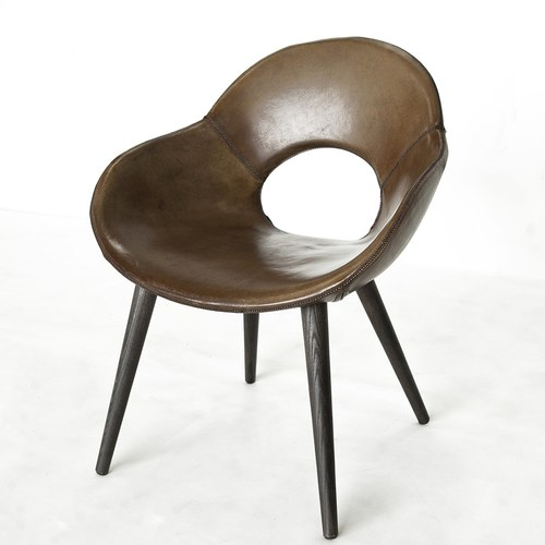 荷蘭PURE 簍空椅背木腳單人椅 (深駝)