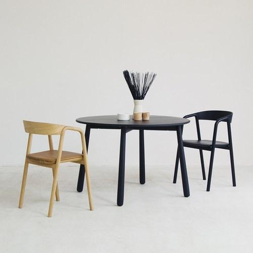 丹麥Sketch 北歐風清新木質圓桌 (黑)