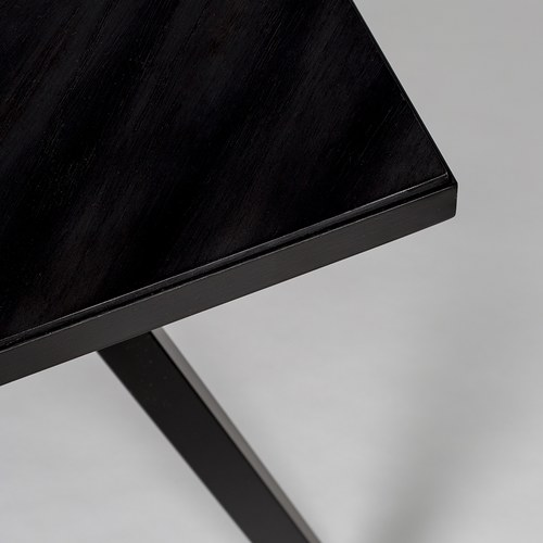 荷蘭Zuiver 金屬框人字貼餐廳餐桌 (黑)
