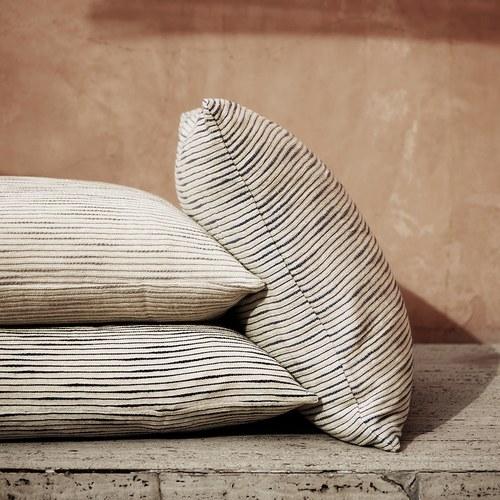 丹麥tineKhome 厚織水平細紋方形靠枕 (灰、長60公分)
