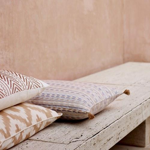 丹麥tineKhome 針織葉片紋長形靠枕 (棕、長60公分)