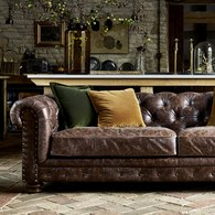 英國Alexander&James 切斯特菲爾德式皮革三人沙發 (深棕)