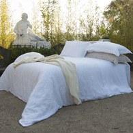 葡萄牙Amalia Coracao雙人特大寢具組-白素枕套(6x7尺)