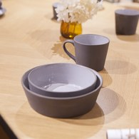 丹麥Nordal 仿石陶瓷餐碗 (黑、直徑18公分)