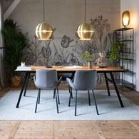 荷蘭Zuiver 金屬框人字貼餐廳餐桌 (橡木)
