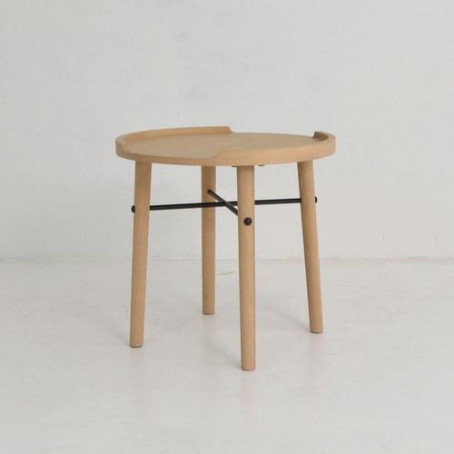 丹麥Sketch 立體邊緣圓形邊桌 (橡木)