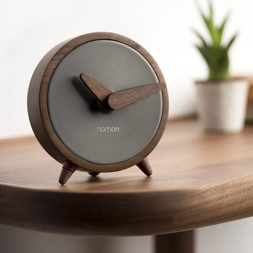 西班牙nomon ÁtomoSobremesa 核桃木精巧桌上型時鐘 (黑)
