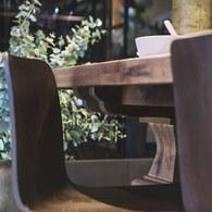 荷蘭PURE 雕刻造型桌腳可延伸餐桌 (煙燻棕、長275~365公分)